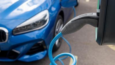 Tagesgespräch: Alltagstauglich oder nicht: Welche Erfahrungen haben Sie mit Elektroautos gemacht?