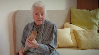 Dahoam is Dahoam: Tricks rund um die Nylonstrumpfhose