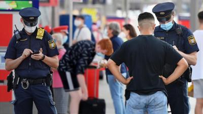 Die Polizeiklasse: Rassismus? Wenn der Traumberuf hinterfragt wird (Folge 10)