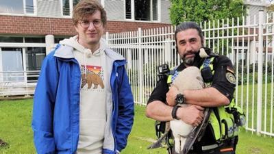 neuneinhalb: Tierischer Einsatz - Unterwegs im Rettungsmobil
