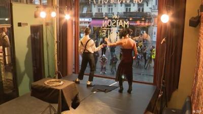 Fokus Europa: Belgien: Zirkus hinter Glas im Corona Lockdown