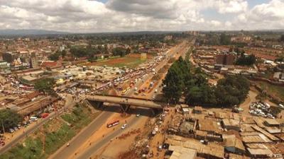 Nahaufnahme: Die Brücke der kleinen Wunder - Alltag in Nairobi