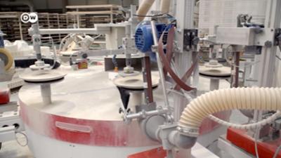 Tassen vom Roboter