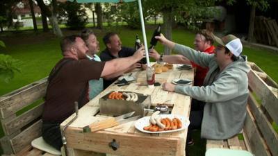 Abenteuer Leben: Mittwoch: DIY - Grillecke für gemütliche Sommerabende