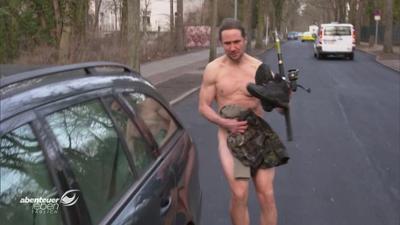 Abenteuer Leben: Darf man nackt Auto fahren? - Skurrile Verkehrsgesetze