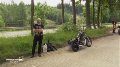 Abenteuer Leben: Motorradkontrolle: Weiterfahrt beendet