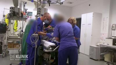 Die Klinik - Ärzte, Helfer, Diagnosen: Preview: Starker Blutverlust in der Speiseröhre - Notfall im Leipziger Klinikum