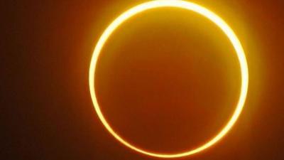 News & Trends: Seltenes Himmelsschauspiel: Neumond sorgt für ringförmige Sonnenfinsternis