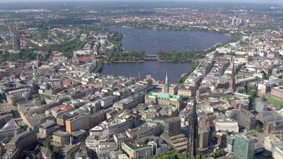 News & Trends: Hamburg: 100 Menschen müssen nach Club-Besuch in Quarantäne