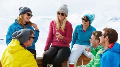 News & Trends: Wintersaison: Tourismusbeauftragter hält Skiurlaub mit Après-Ski für möglich
