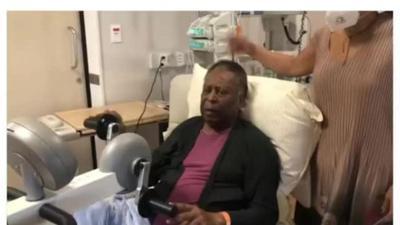 News & Trends: Nach Intensiv-Drama: Pelé meldet sich aus Krankenhaus