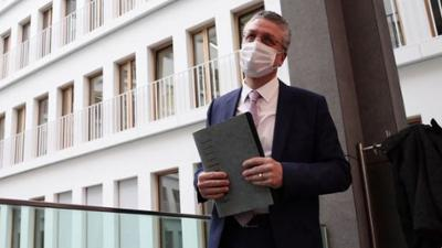 News & Trends: Neuer Bericht: Robert Koch-Institut meldet mehr Infektionen nach Auslandsreisen