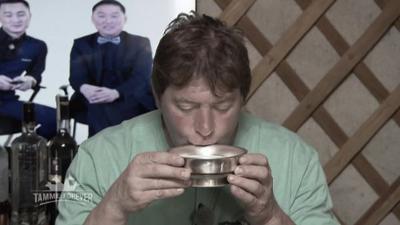 Tamme Hanken: Vergorene Stutenmilch räumt den Schweinebauern durch