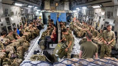 phoenix runde: Abzug aus Afghanistan: Globales Politikversagen?