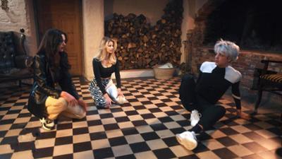 Villa der Liebe: Sie zerren ihre Verlobte in den Keller!
