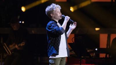 """The Voice Kids: Exklusiv vorab: 4 Buzzer - Michel erntet für """"Supercalifrag"""