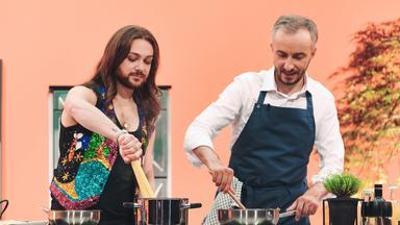 Böhmi brutzelt: mit Riccardo Simonetti