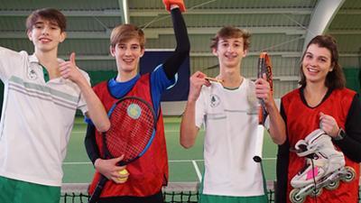 Die Sportmacher: Tennis, Ringen und harte Würfe